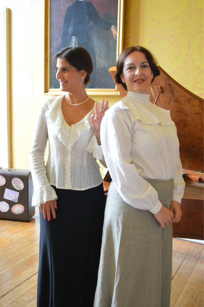 Sharona Joshua & María Hutchison in performance at Hinchingbrooke House, August 2014